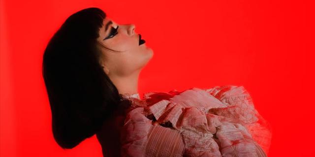 "Juno Francis & Alejandro Molinari share new single and music video ""Symmetry"""